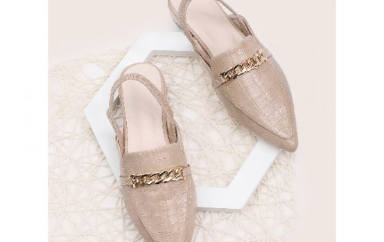 Chain Decor Point Toe Slingback Flats-04